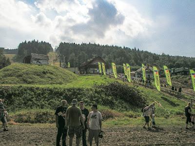 Chabówka, skansen w Chabówce, Kasina Wielka, Śnieżnica, kolejka linowa na Śnieżnicę, parowóz, przejazd koleją retro