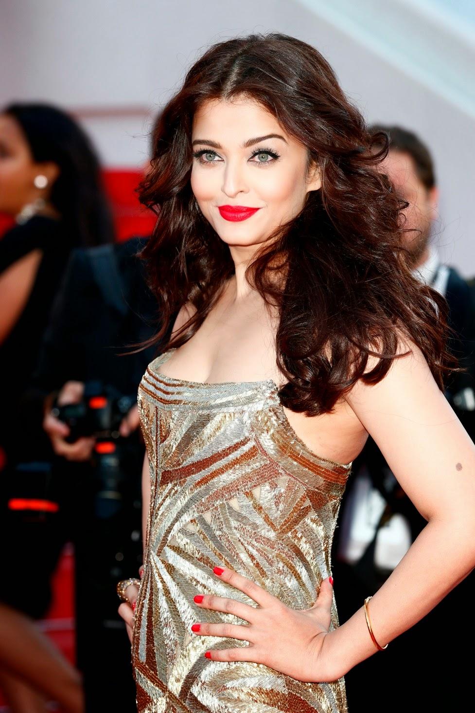 http://www.funmag.org/bollywood-mag/aishwarya-rai-at-cannes-film-festival-2014/