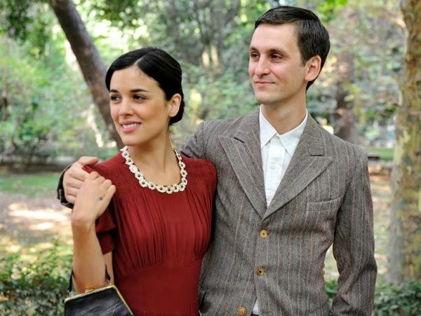 Peinados Tiempo Entre Costuras - 10 estilismos que hacen brillar a Adriana Ugarte ¡y a Sira Quiroga!