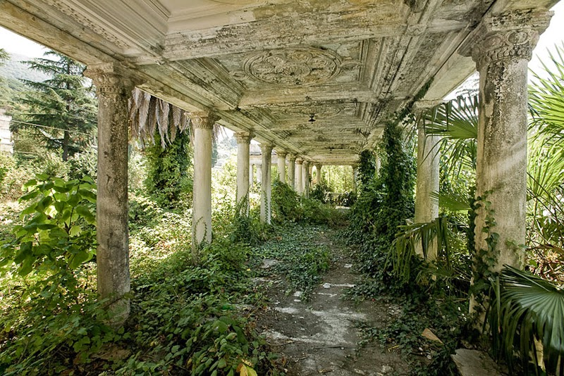 14. Abandoned Train Station, Abkhazia, Georgia - 31 Haunting Images Of Abandoned Places That Will Give You Goose Bumps