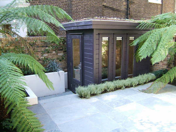 Shedworking small garden office for Garden office ideas uk