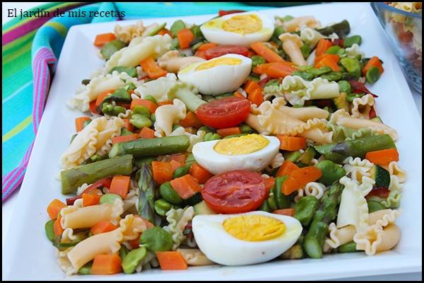 Ensalada de pasta con habitas tiernas y verduras el - Ensalada de habitas ...