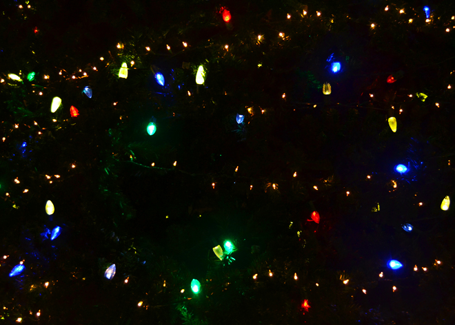 Flying Clubhouse: Lights and Tinsel