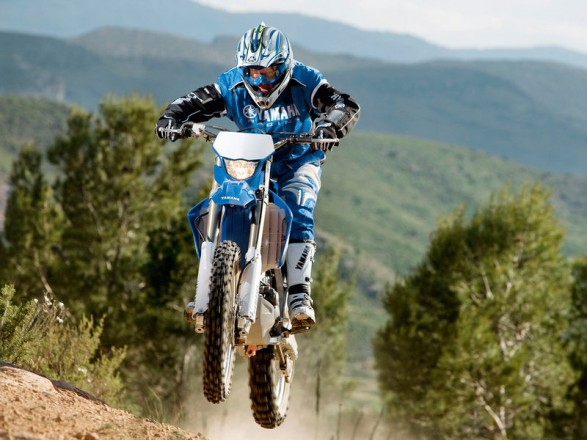 2011 yamaha motocross YZ85, YZ85LW, YZ125, YZ250, YZ250F, YZ450F and WR250F and WR450F