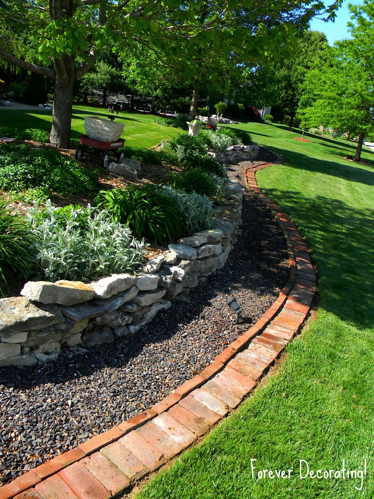 Landscaping Bricks : Forever decorating brick border