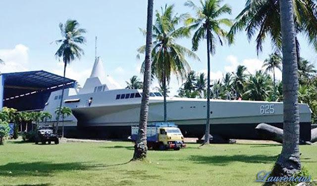KRI-Klewang-Kapal-Perang-Siluman-TNI_3