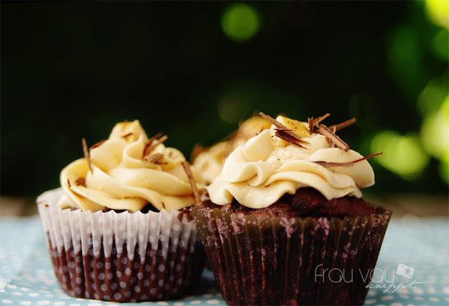 Schokoladen-Cupcakes mit Salz-Karamell-Buttercreme @frauvau.blogspot.de