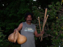 Babukishan aka Krishnendu Das Baul making Ektara's