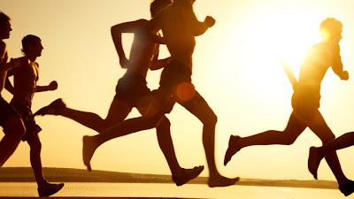 Hacer ejercicio mejora su salud y repercute en lo que le rodean