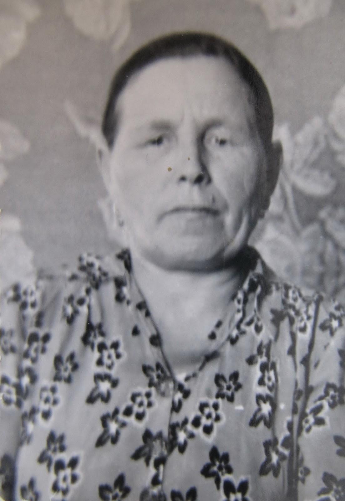 Старая жирная бабка 12 фотография
