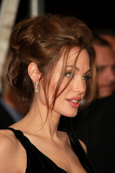 Angelina Jolie Hairstyles, Long Hairstyle 2011, Hairstyle 2011, New Long Hairstyle 2011, Celebrity Long Hairstyles 2124