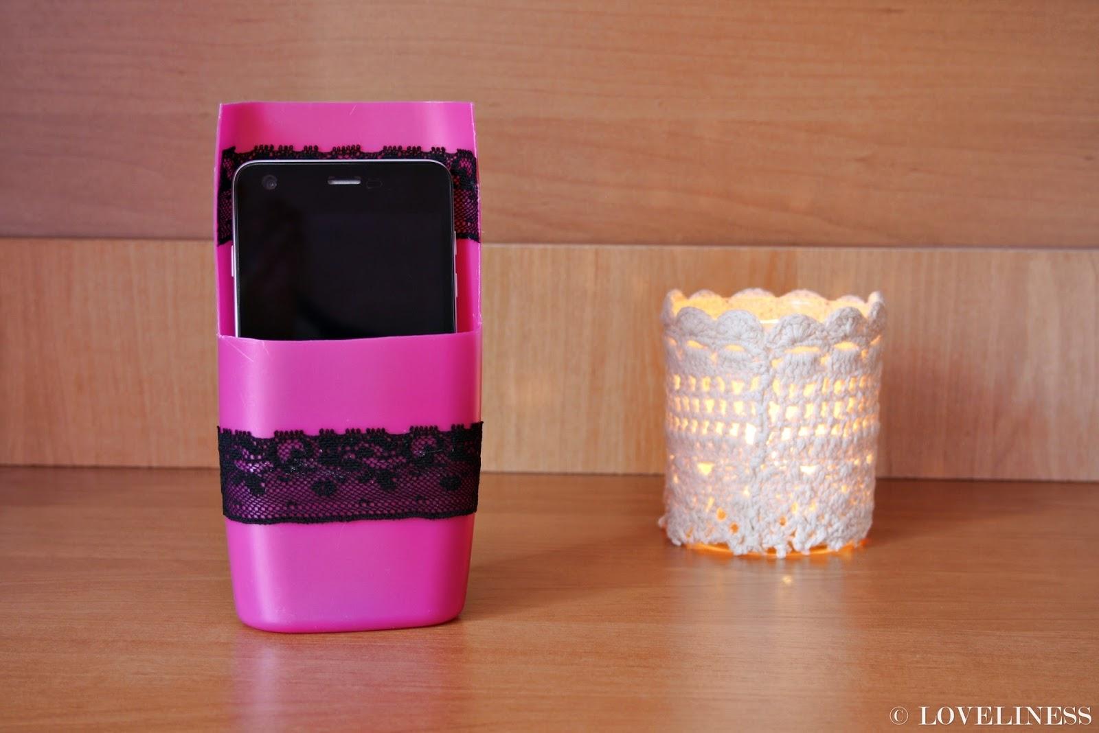 Stojące etui na telefon DIY