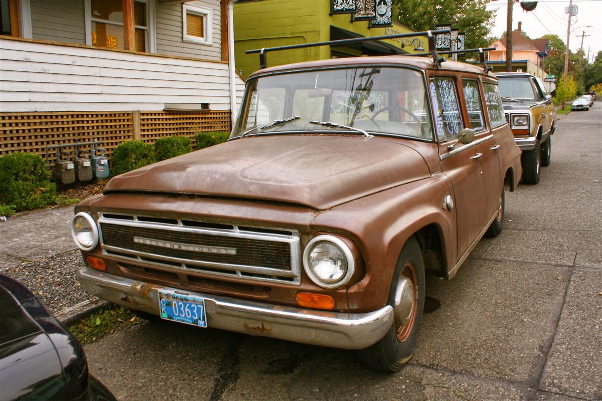 Old International Harvester : Old parked cars international harvester