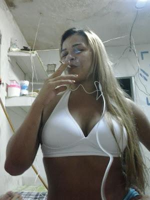 http://www.srvaquinha.com/2014/01/com-apenas-11-anos-essa-menina-ja-esta.html