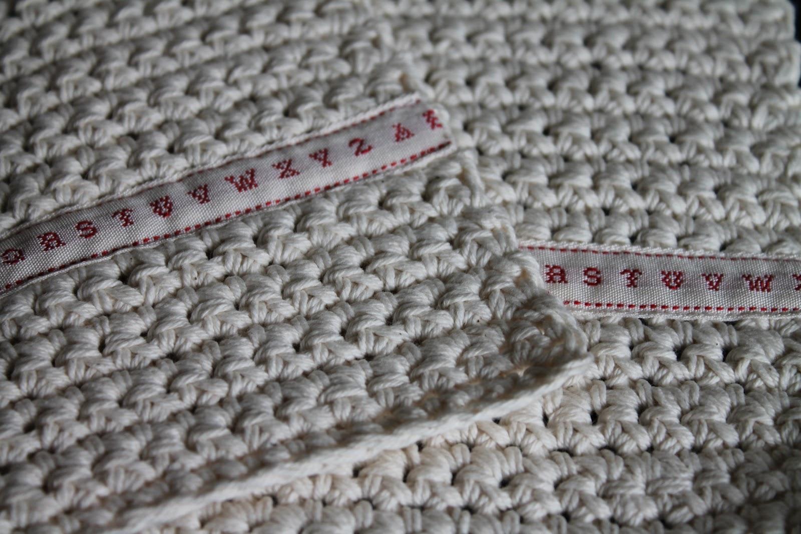 Needles of eve