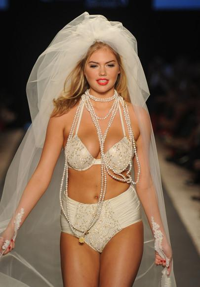 Wedding Dresses To Buy Online In United States: Beach ...