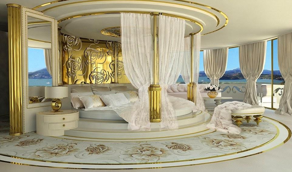غرفة النوم الفاخرة في اليخت