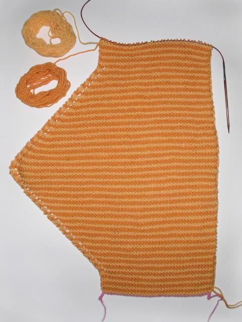 Knitting Kitchener Stitch Garter : Sun today garter stitch neck warmer free knitting pattern