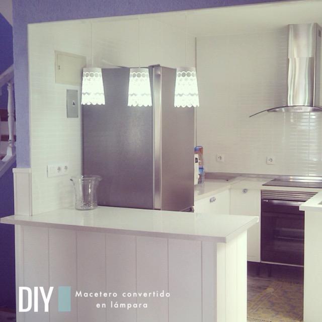 DIY-De macetero de Ikea a lámpara de techo / naif-sss