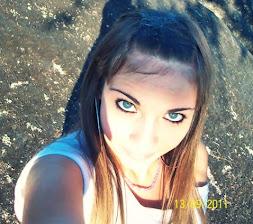 Son tus ojos lo que quiero para mí (L)
