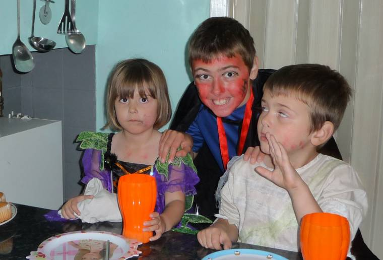 Flashback Friday: Halloween Dressing Up Fun Special