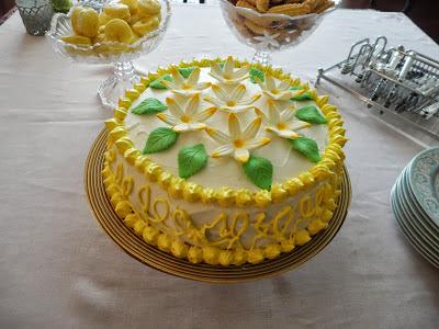 http://nurlumutfakta.blogspot.com/2013/03/limon-cicegi-pasta.html