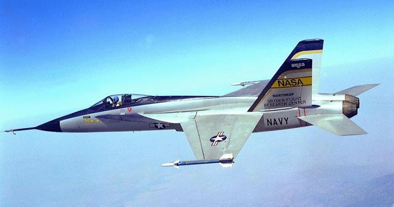 YF-17 Cobra Lightweight Fighter Aircraft Prototype