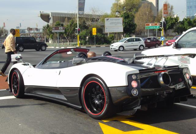 spotted zonda f clubsport in cape town. Black Bedroom Furniture Sets. Home Design Ideas