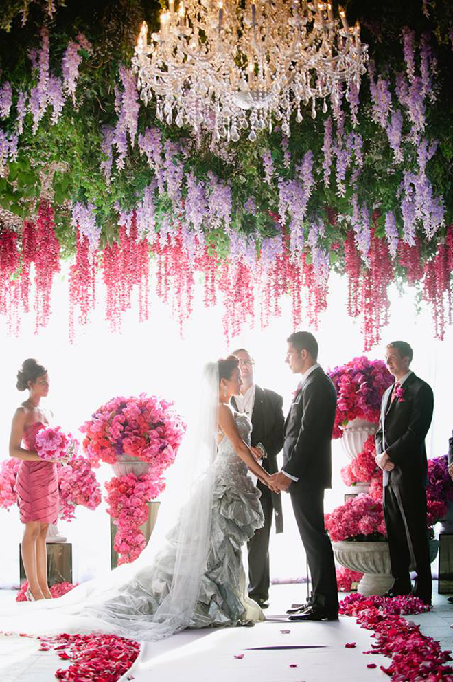 Wedding ceremony flowers belle the magazine for Wedding ceremony decoration ideas pictures
