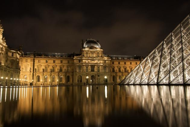 صور رائعة من باريس  Top_10_things_to_do_while_in_paris_louvre_museum_4