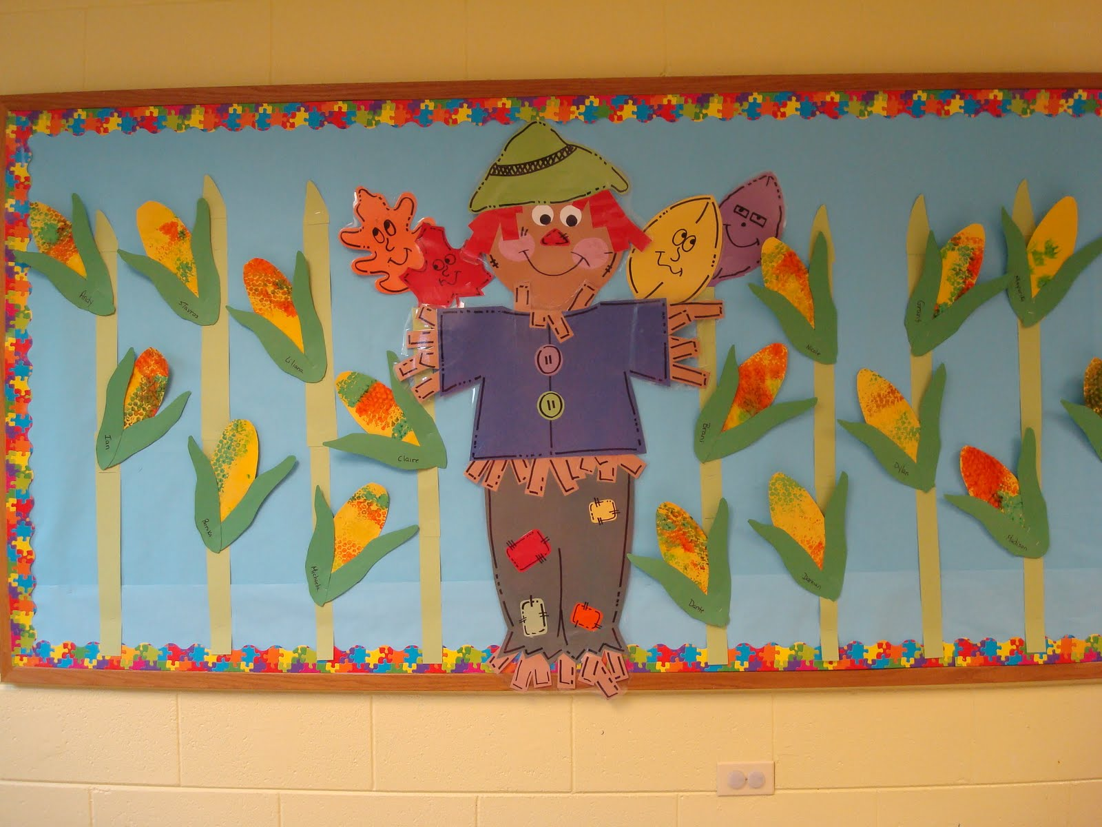 fascinating Bullentin Boards For Fall Part - 18: Fall scarecrow bulletin board- Oak Room