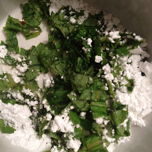 Shredded Mint & Confectioners Sugar
