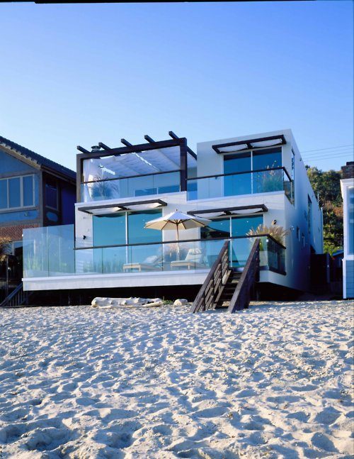 Se venden casitas en la playa Tumblr_beach+3