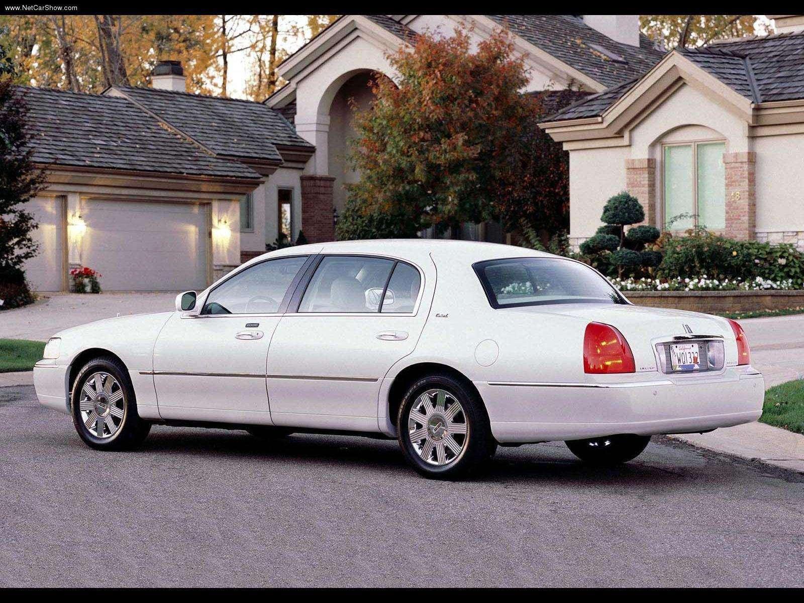 Hình ảnh xe ô tô Lincoln Town Car Cartier L 2003 & nội ngoại thất