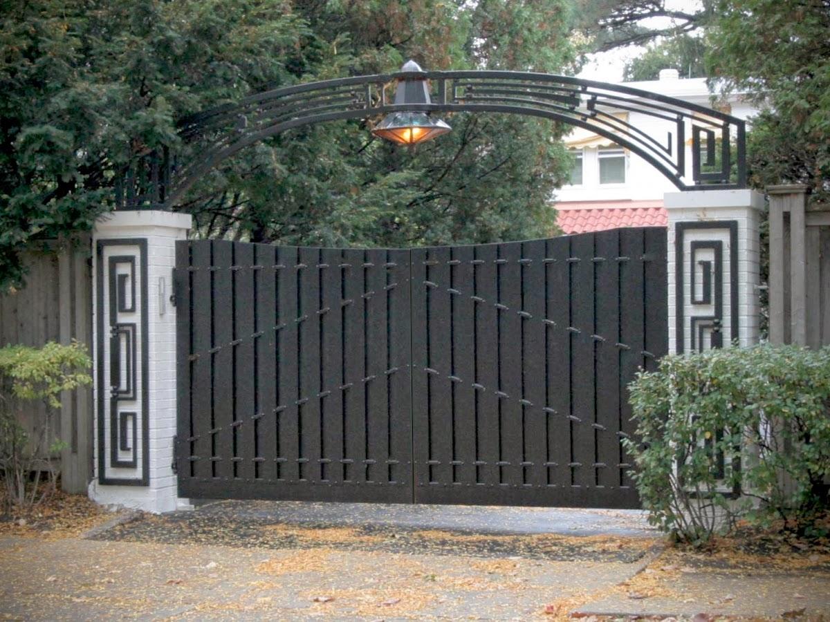 Cancellate ferro battuto cancelli e recinzioni in ferro for Immagini recinzioni