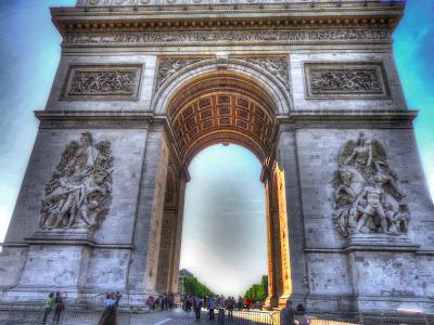 Arc de Triomphe inner lit by sun