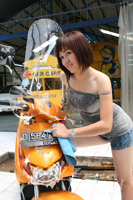 gadis motor honda beat winshield Motor Hot Girls
