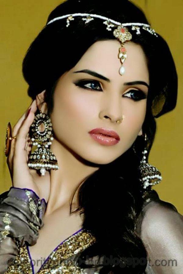 Pakistani+Wedding+Hairstyles+For+Bride+Girls+Photos+2014013