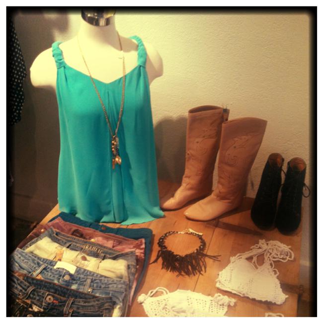 #tres #shop local
