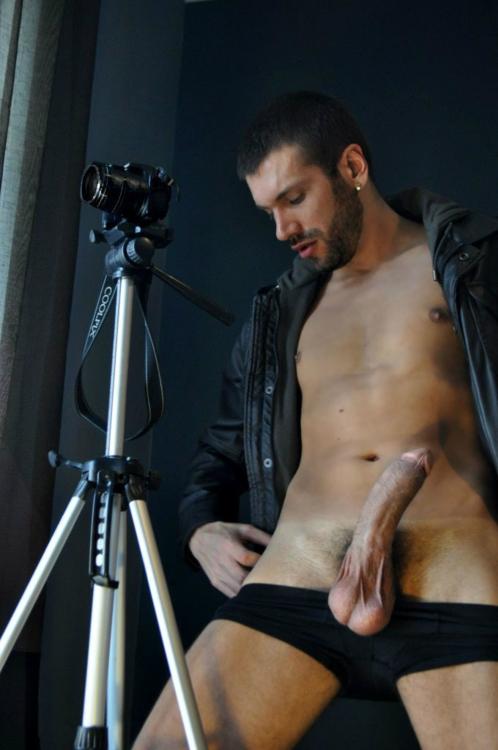Hombres Desnudos Con Vergas Muy Grandes