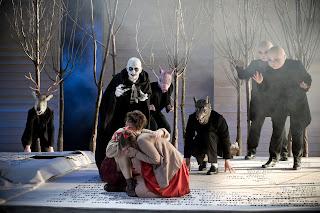 Rhiannon Llewellyn (Sandman) Alice Rose Privett (Gretel), Claudia Huckle (Hansel) Hansel und Gretel Garsington Opera 2013 credit Mike Hoban