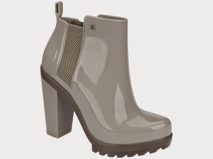 Melissa high heel snow bootie