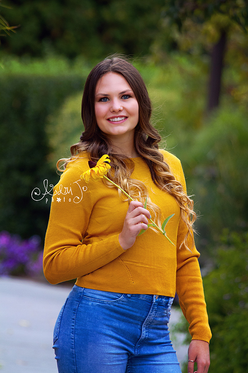 Mellow Yellow - Senior Session