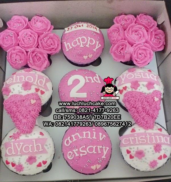 Cupcake Buttercream Pink Romantis Daerah Surabaya - Sidoarjo