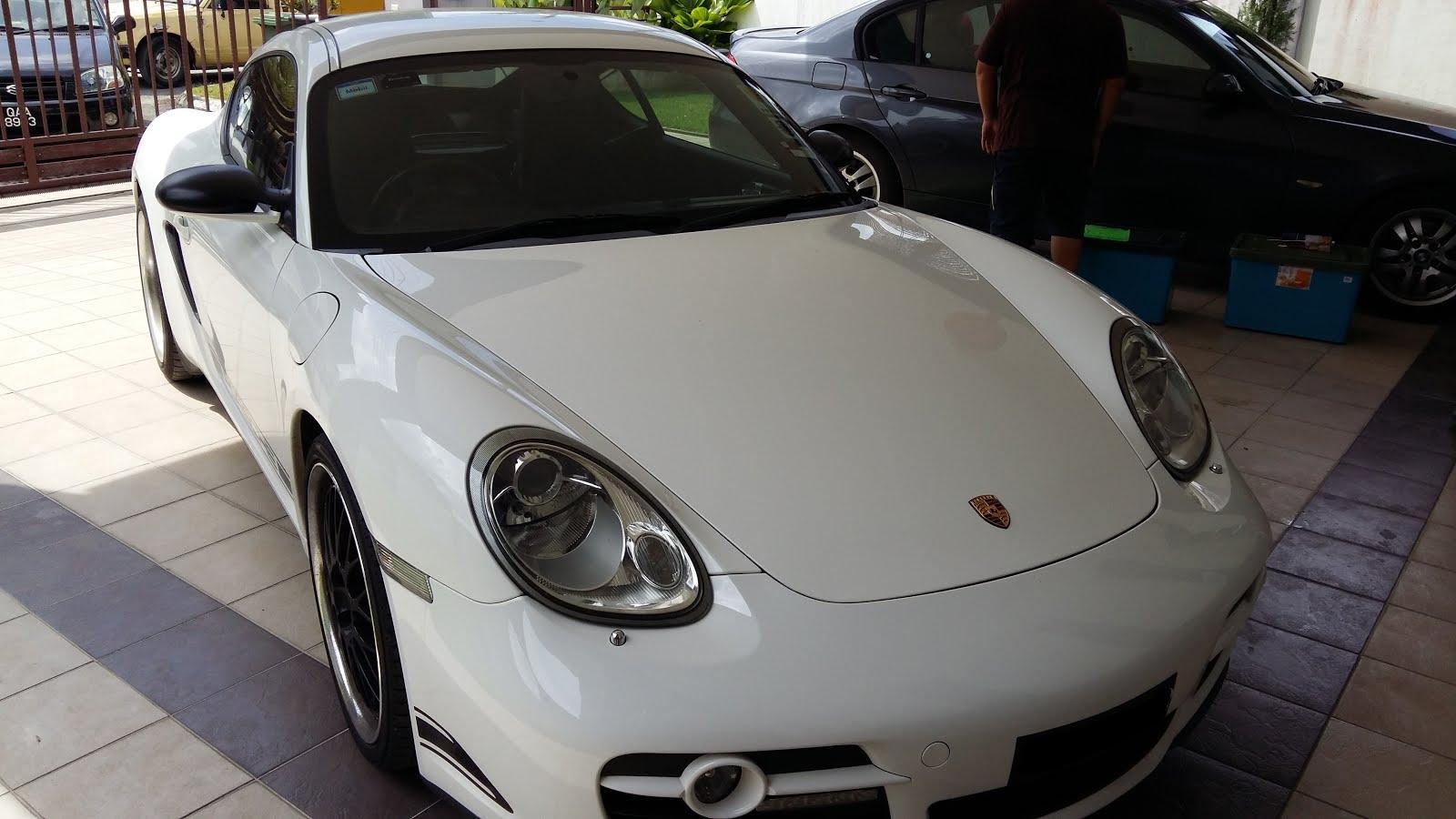 Car sticker design kuching - Front View Of The Porsche Cayman