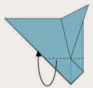 Bước 5: Gấp đoạn giấy về phía sau, vị trí gấp tại đoạn đứt đoạn như hình vẽ.