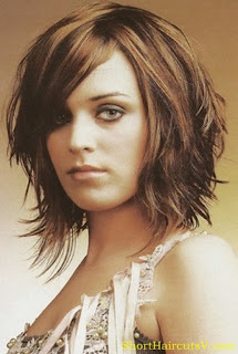 Women Medium Short Haircuts Hairstyles Trends