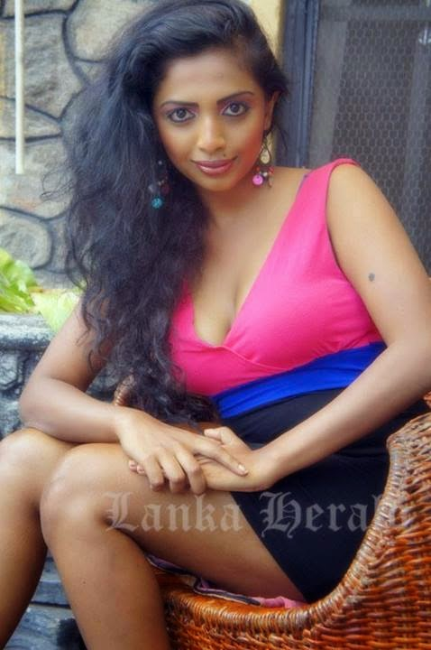 Lakshika Jayawardhana gala