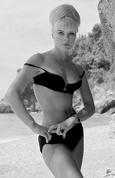 Actress Elke Sommer Newhairstylesformen2014 Com