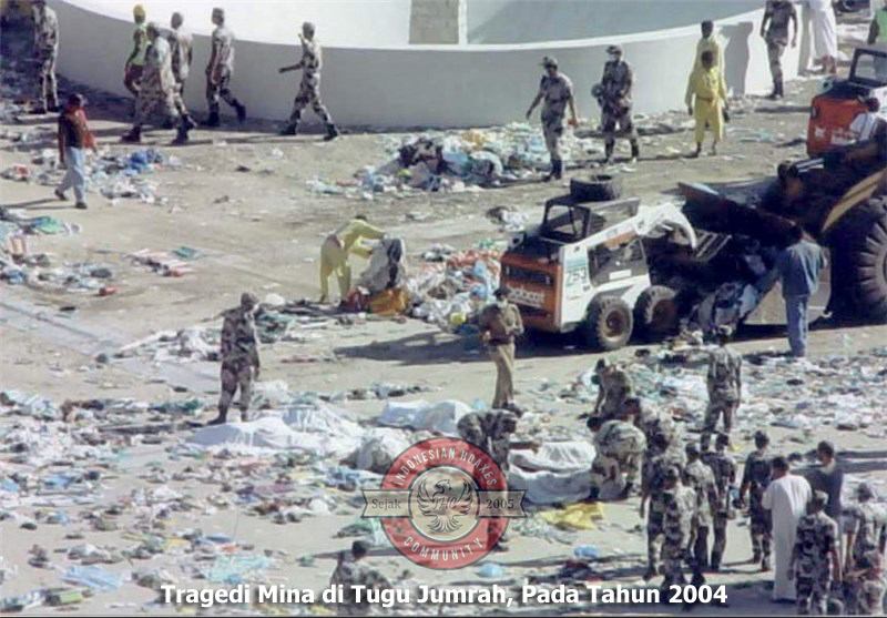 Yemeni Conflict: News - Page 22 Indonesianhoaxes-dokumentasi-tragedi-tugu-tiang-jumrah-tahun-2004-01